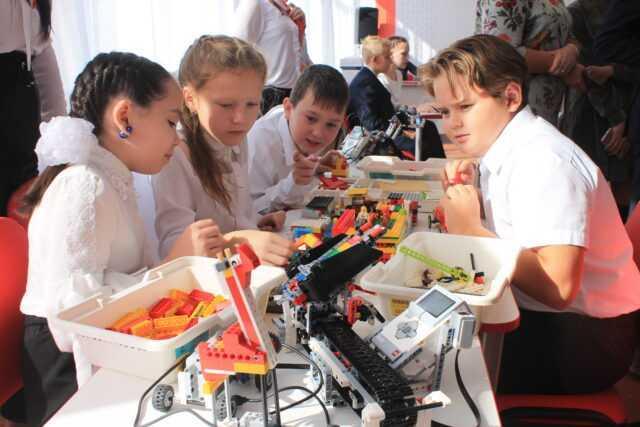 Для школьников Карабаша открылась «Точка роста»
